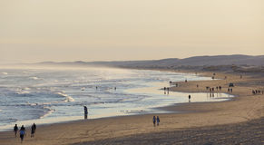 在日落前的斯托克顿海滩。安娜海湾。澳大利亚。 免版税库存图片
