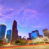 在日落得克萨斯美国的休斯敦街市地平线 库存照片