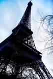 在日落时间的艾菲尔铁塔另外姿势 免版税库存图片