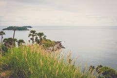 在日落普吉岛的Phromthep海角 免版税库存图片
