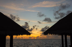 在日落期间的多云天空在手段 图库摄影