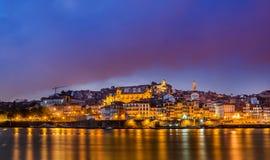 在日落期间的波尔图葡萄牙 免版税库存照片