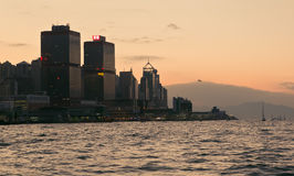 在日落期间的香港 免版税库存照片