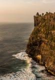 在日落期间的Uluwatu寺庙在巴厘岛,印度尼西亚 库存图片