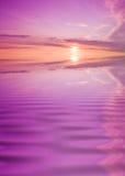 在日落水 免版税图库摄影