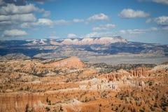 在日落点的红色岩石不祥之物在布莱斯峡谷国家公园,犹他 库存照片