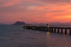 在日落的一个码头 库存图片