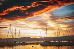 在日落的严重的日内瓦湖 免版税库存照片