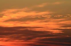 在日落的云彩 免版税库存图片