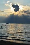 在日落的伊利湖 免版税库存图片