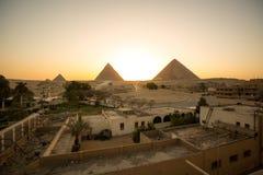在日落的伟大的金字塔 图库摄影