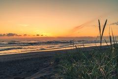 在日落的俄勒冈海岸 免版税库存图片