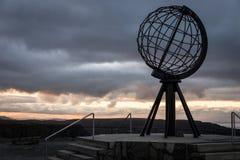 在日落的北部海角纪念碑挪威 库存图片