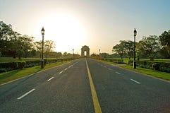 在日落的印度门,德里 免版税库存图片