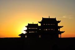 在日落的古老塔 免版税库存图片