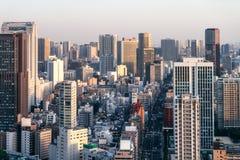 在日落的城市地平线 免版税图库摄影