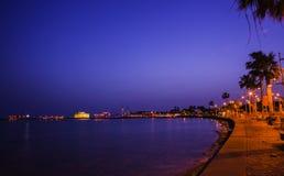 在日落的堤防,塞浦路斯 库存照片