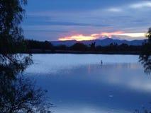 在日落的墨西哥蓝色风景 免版税库存图片