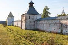 在日落的大教堂堡垒中世纪公元在晴朗的d 库存照片