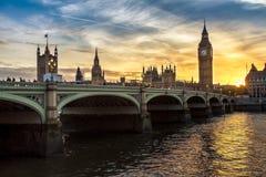 在日落的大本钟在英国,英国 免版税图库摄影