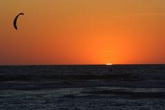 在日落的大西洋 免版税库存图片