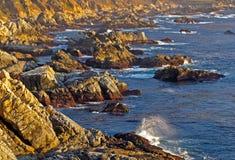 在日落的大sur海岸 库存照片