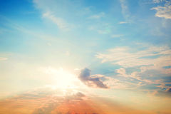 在日落的天空 免版税库存照片