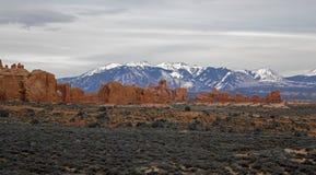 在日落的岩层在拱门国家公园默阿布犹他 库存图片