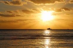 在日落的巡航 图库摄影