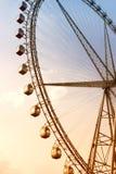 在日落的巨型弗累斯大转轮 免版税图库摄影