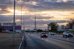 在日落的巨大的轴大道-巴西利亚,联邦的Distrito,巴西 免版税库存图片