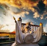 在日落的布拉索夫城堡 库存照片