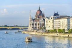 在日落的布达佩斯议会,匈牙利 库存图片