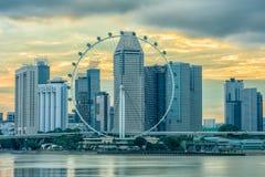 在日落的新加坡传单 免版税库存图片