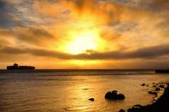 在日落的旧金山湾地区 库存图片