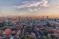 在日落的曼谷都市风景 库存照片