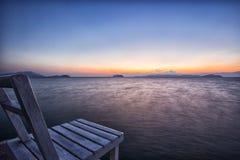 在日落的椅子在早晨 库存照片