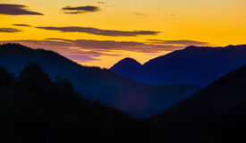 在日落的欧洲风景 免版税库存图片