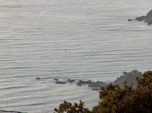 在日落的海湾 免版税库存图片