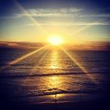 在日落的海边,卡尔斯巴德,加利福尼亚美国 免版税库存图片
