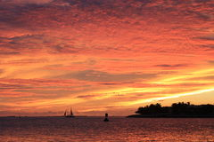 在日落的海洋 图库摄影