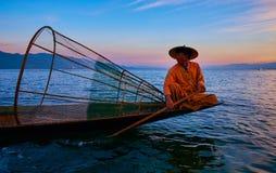 在日落的画象, Inle湖,缅甸 库存照片