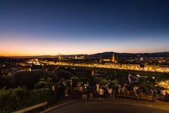 在日落的看法对市从米开朗基罗广场的佛罗伦萨 免版税图库摄影