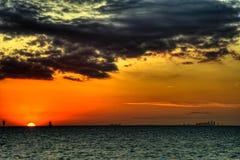 在日落的科珀斯克里斯蒂,得克萨斯地平线 库存图片