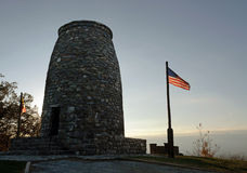 在日落的第一华盛顿纪念碑 免版税库存图片