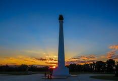 在日落的纪念碑 库存照片