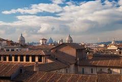 在日落的罗马圆顶 图库摄影