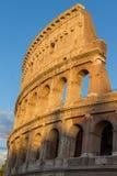 在日落的罗马斗兽场在罗马 库存图片