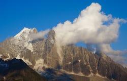 美好的山风景 免版税库存图片