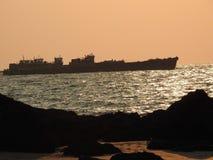 在日落的船, Redi口岸 库存图片
